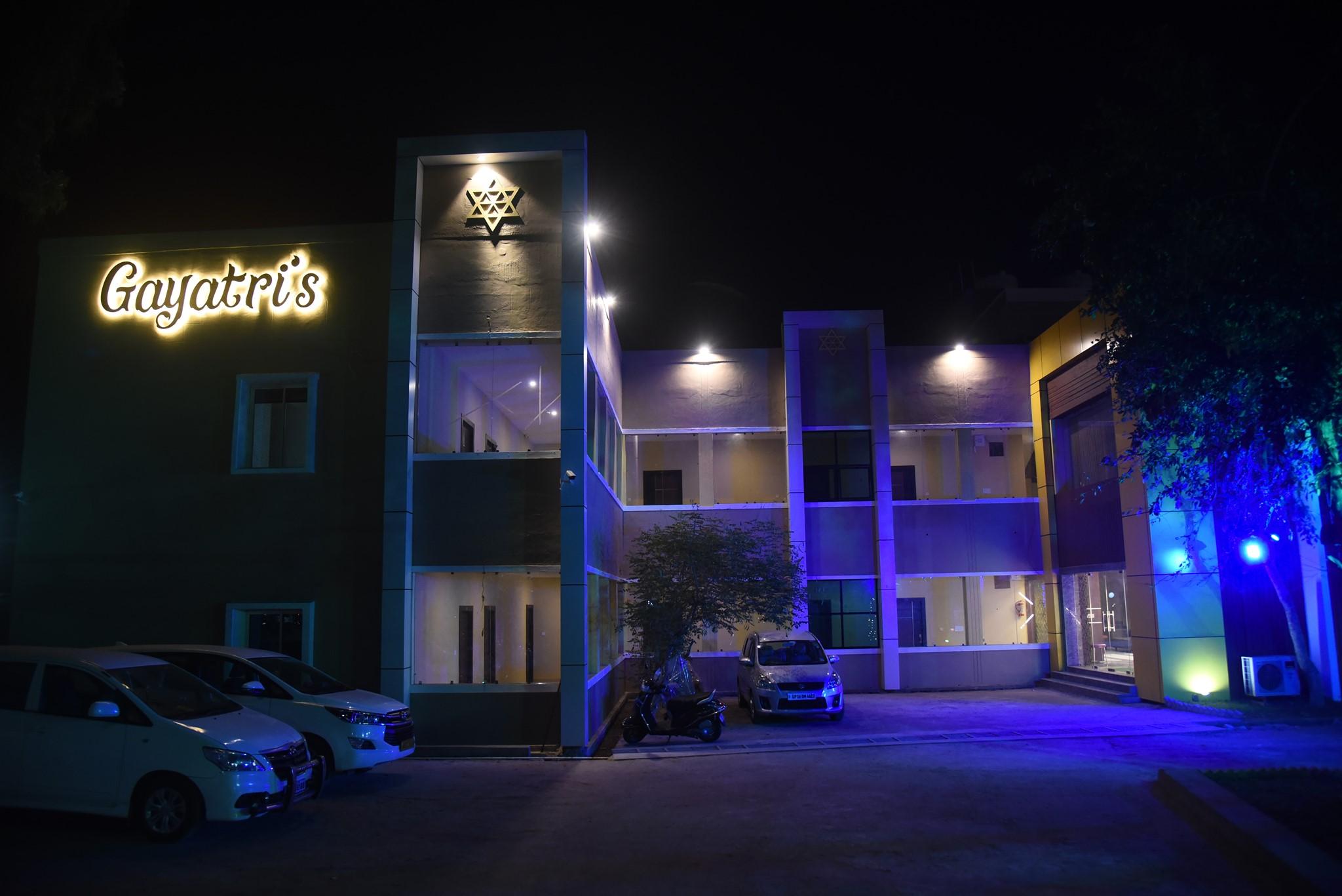 Gayatris Hotel